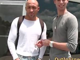 muscular horny gays having openair part1