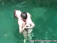 desperate twink amateurs licking in swimming-pool