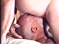 daddy lick ringed bear
