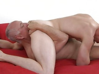 muscled gay and his ancient daddy tasting balls