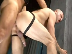 french muscled men pierce inside a porn disco