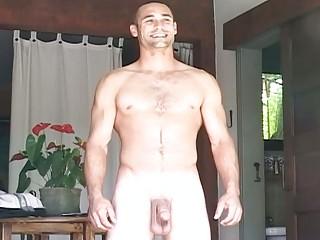 muscular gay fucker gets nude and plays  al fresco